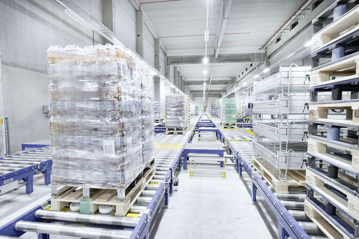 pallet conveyors - Pallet Conveying & Handing Solutions